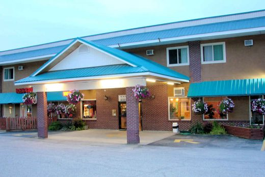 Canada's Best Value Inn Frontage