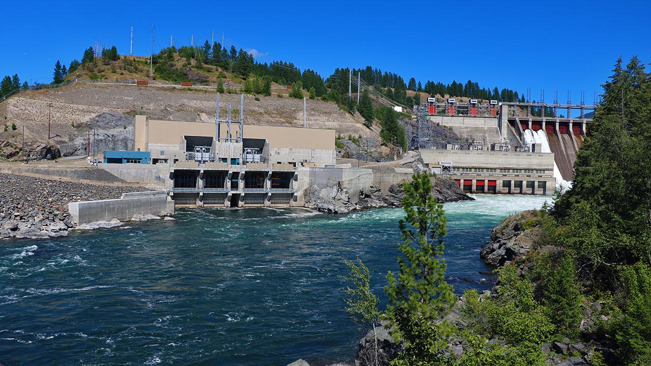 1 Waneta Dam Walleye Hole